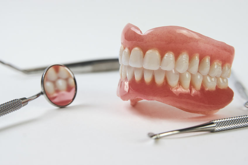 dentadura postiza tipos